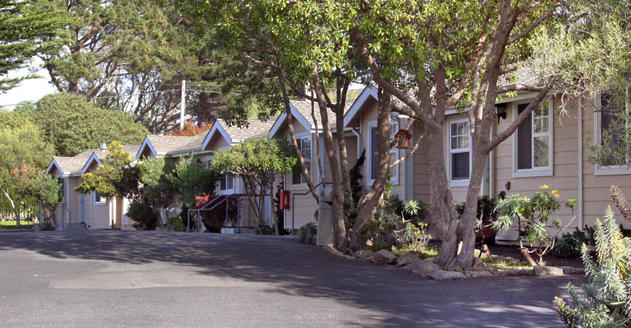 Swell Pacific Grove Chamber Of Commerce Bide A Wee Inn Download Free Architecture Designs Licukmadebymaigaardcom